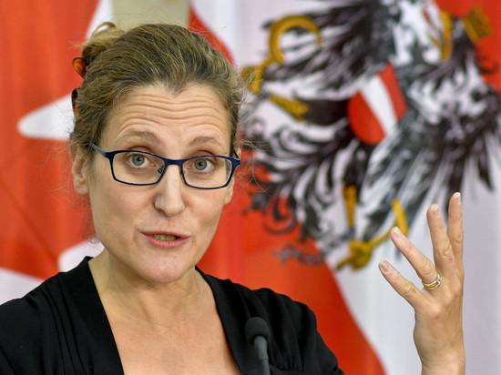 Министр иностранных дел Канады знала, что ее дед работал в нацистской газете