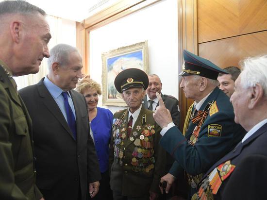 Премьер-министр Биньямин Нетаниягу и министр интеграции Софа Ландвер встретились в Иерусалиме с ветеранами, участниками Второй мировой войны