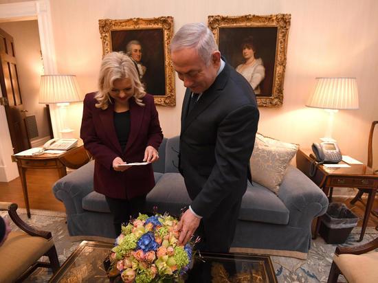 Мелания Трамп прислала букет цветов чете Нетаниягу
